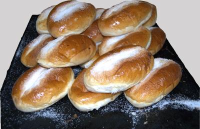 Pan-de-leche-pasteleria-en-parla
